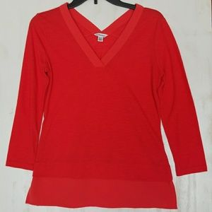 Calvin Klein red 3/ 4 sleeve top size xs.